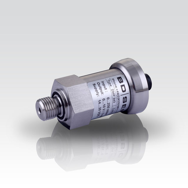 "pressure transmitter for very low pressure with ISO 440 connector and G 1/4"" pressure port"