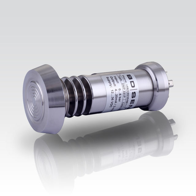 Industrial Pressure Transmitter; hygienic process connections; CIP / SIP cleaning up to 150 °C; vacuum resistant